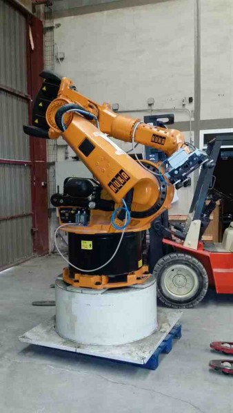 Robot Antropomorfo Kuka control 6 ejes