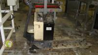 Electric pallet jack CROWN 2.0GPW-3-3  2.000 kg